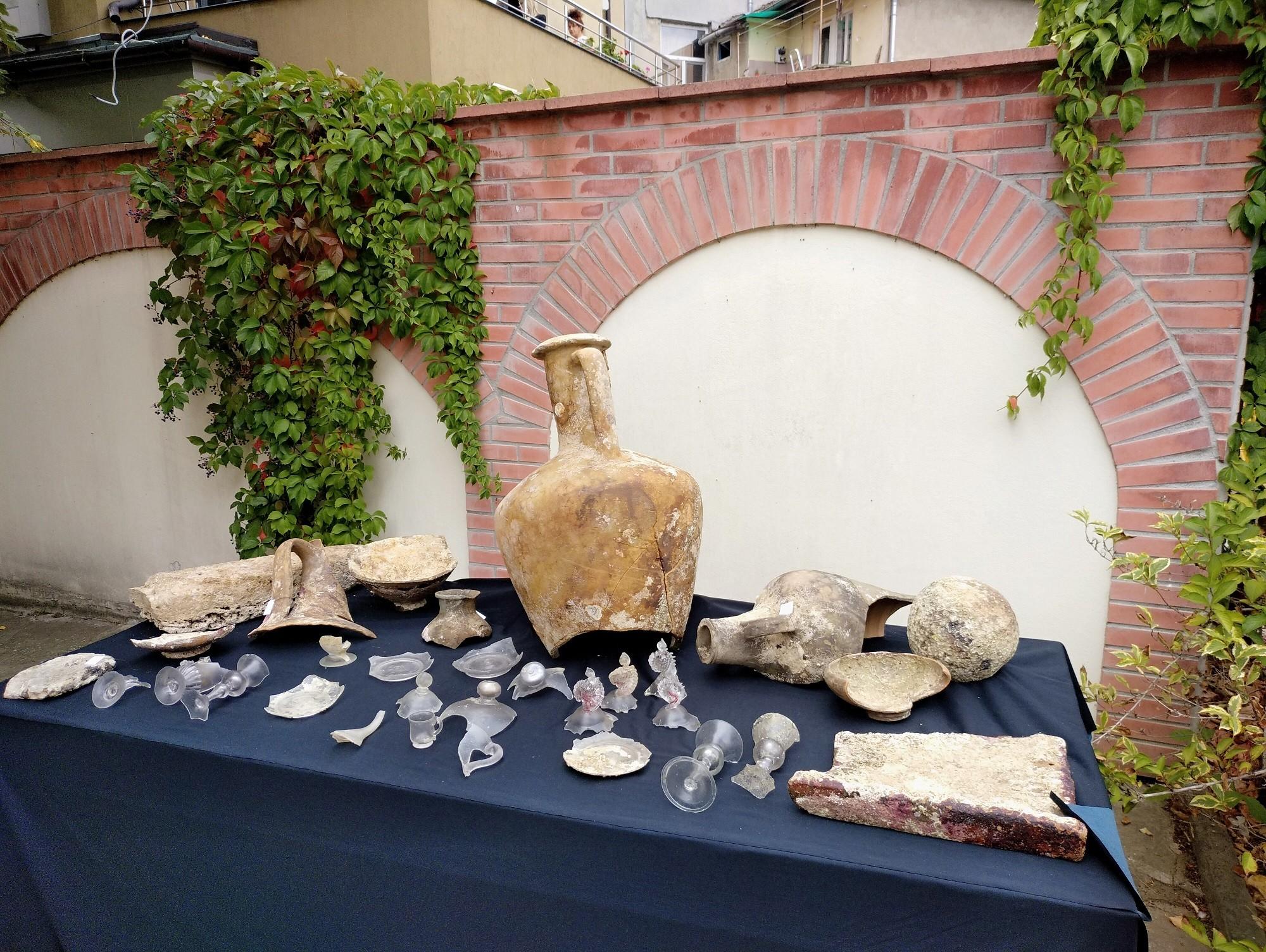 Arqueólogos especulam que peças foram confeccionadas no século 17 (Foto: Bourgas Municipality)