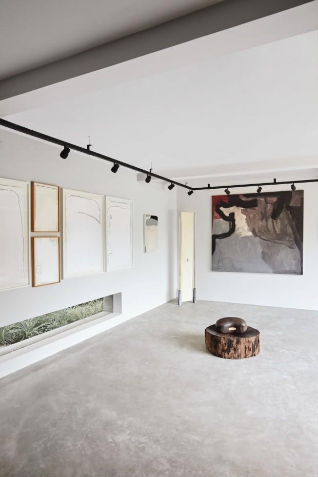 João Armentano mistura arte e arquitetura moderna em casa de São Paulo (Foto: Ilana Bessler)