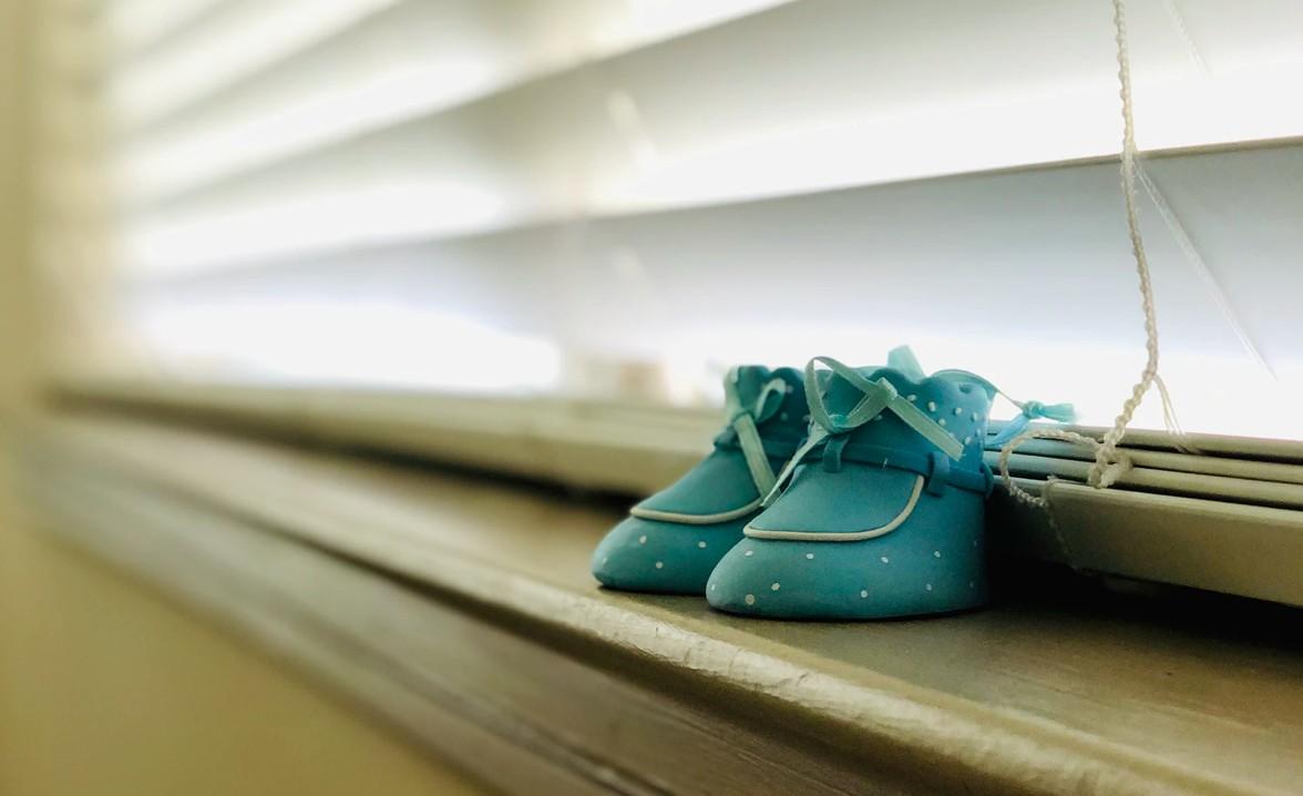 45% das mortes infantis por Covid-19 no país são de crianças de até 2 anos (Foto: Unsplash)
