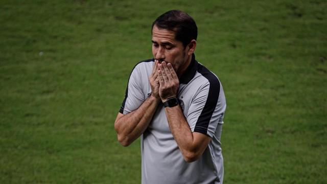 Gustavo Morínigo tem uma vitória e quatro empates pelo Coritiba