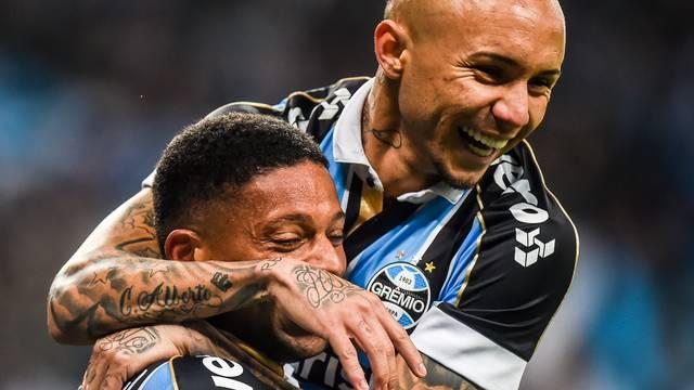 André marcou o primeiro gol do Grêmio