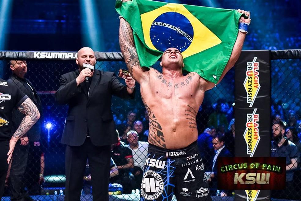 Fernando Santo Forte não conseguiu reconquistar cinturão peso-pesado do KSW (Foto: Facebook/KSW)