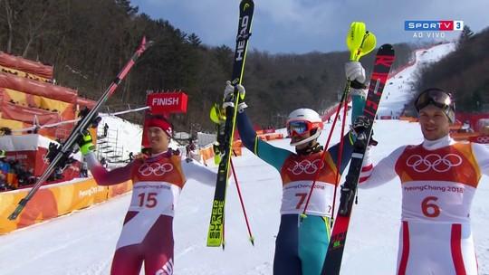 Andre Myhrer, da Suécia, conquista o ouro no esqui alpino slalom em PyeongChang
