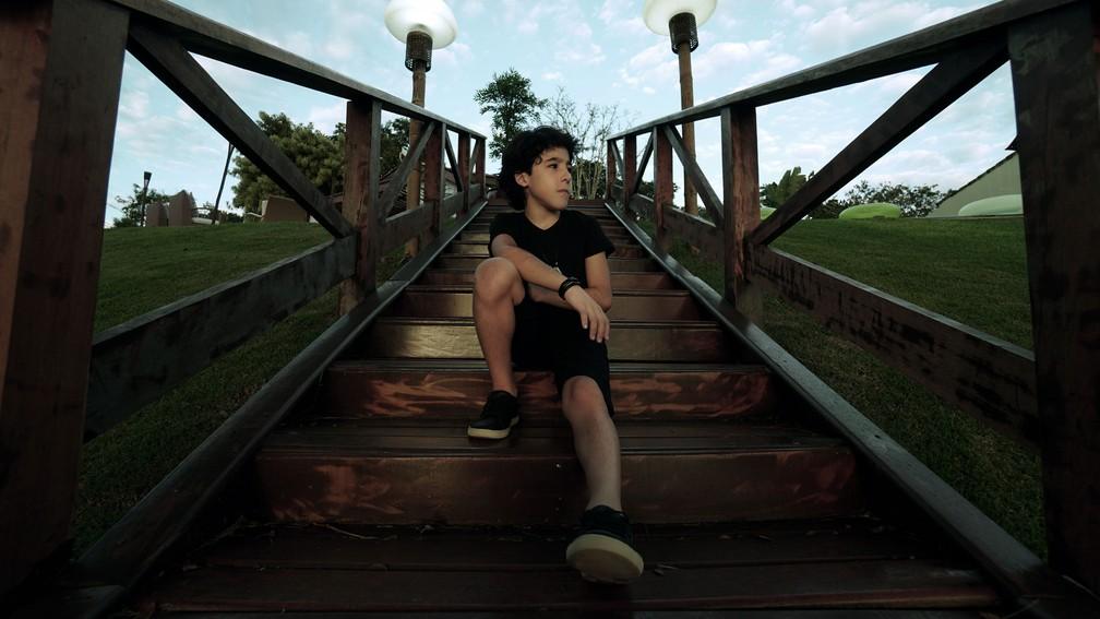 """Enzo Rabelo, de 10 anos, estreia na música com """"Meio Caminho Andado"""" (Foto: Divulgação)"""