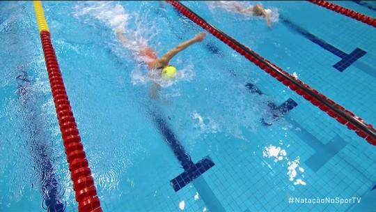 Carol Santiago bate novamente russa,  leva ouro nos 100m livre e soma três medalhas no Mundial