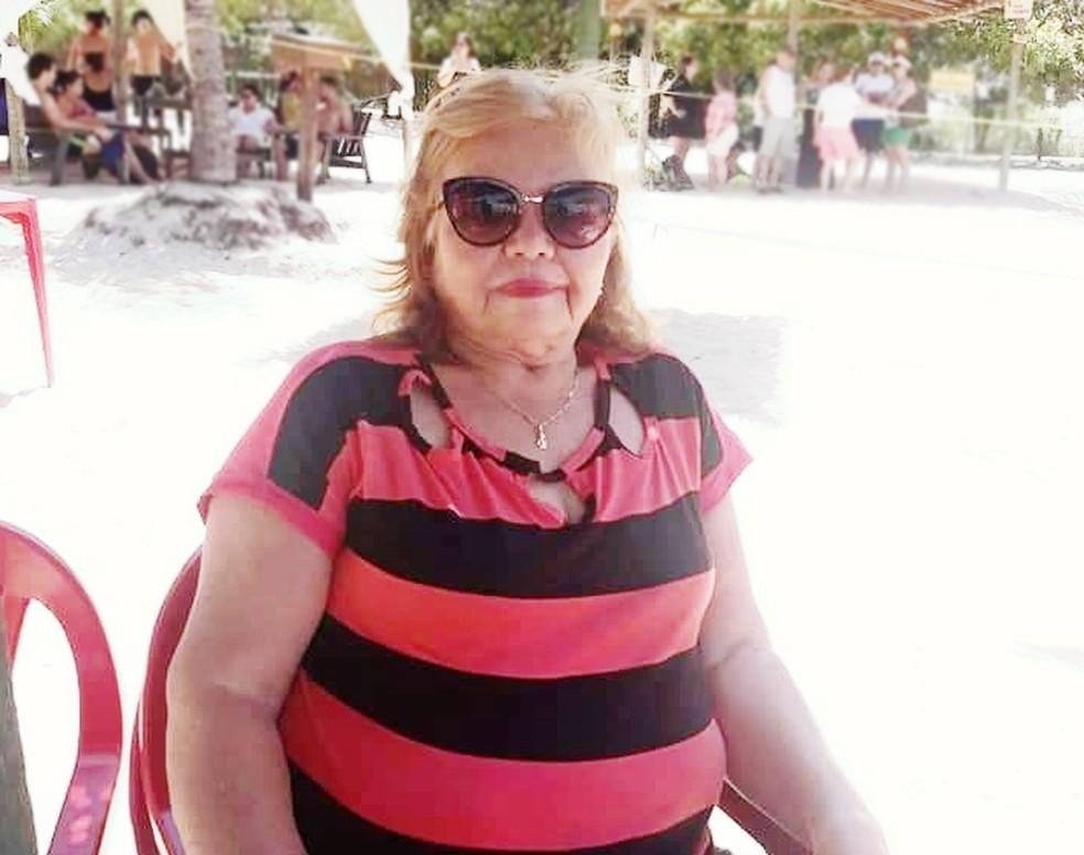 Francisca Maria de Fátima dos Santos, de 67 anos, morreu com coronavírus à espera por leito de UTI em Natal — Foto: Cedida pela família