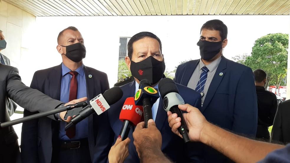 Mourão comentou em entrevista as críticas de Bolsonaro à proposta do Conselho da Amazônia — Foto: Guilherme Mazui/G1