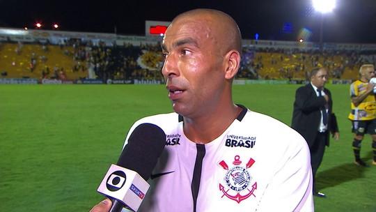 Sheik reestreia pelo Corinthians e diz que condicionamento virá com o tempo