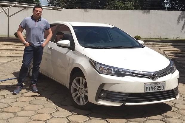 Juarez Carneiro, dono de um Toyota Corolla 2017 (Foto: Arquivo pessoal)