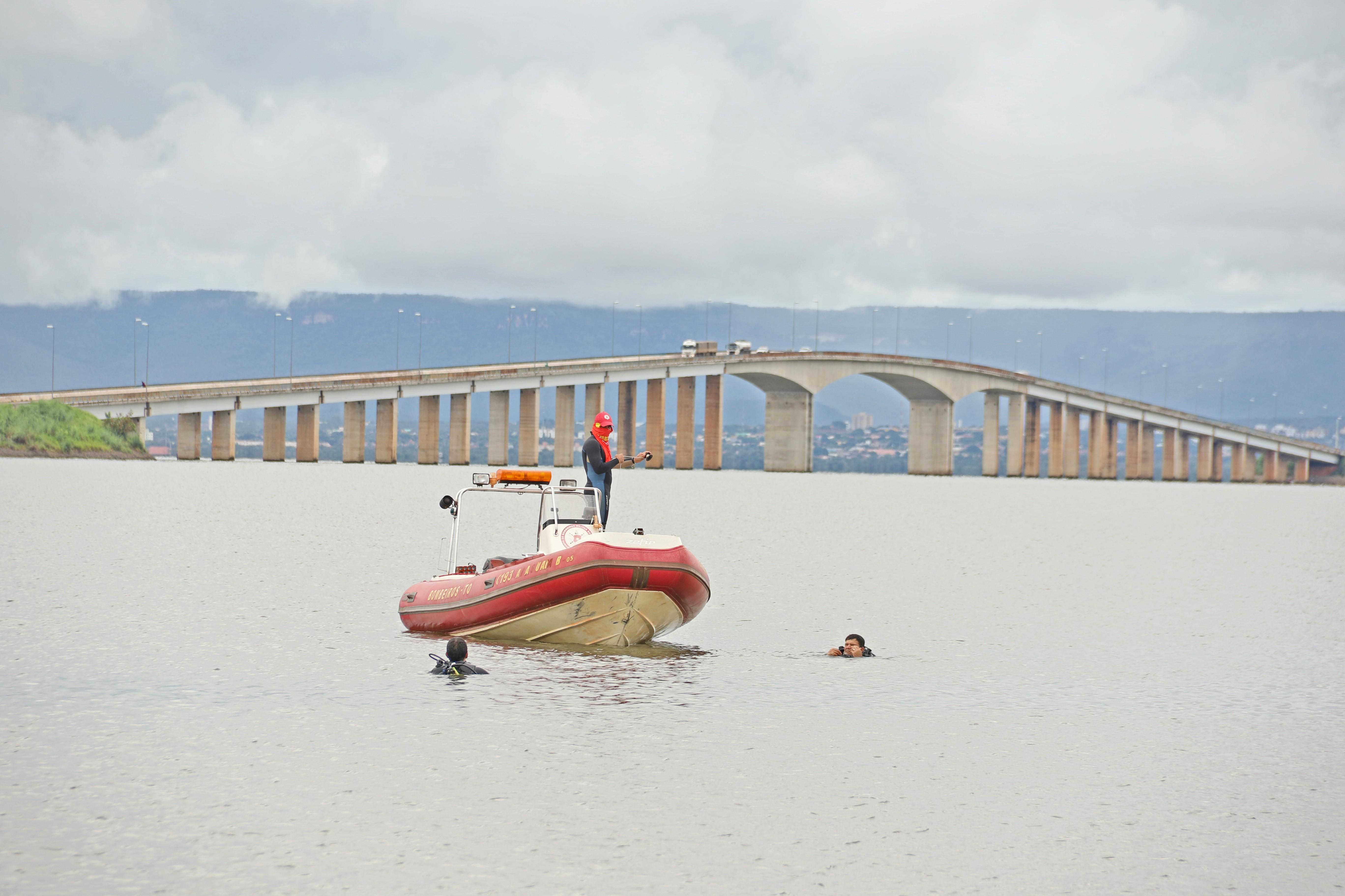 Jovem morre afogado após cair de moto aquática sem colete; Estado tem 70 afogamentos no ano