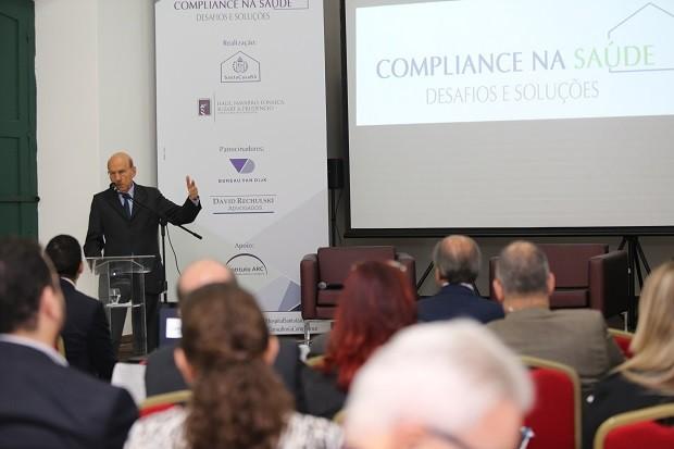 Santa Casa da Bahia promove ciclo de palestras sobre compliance na saúde