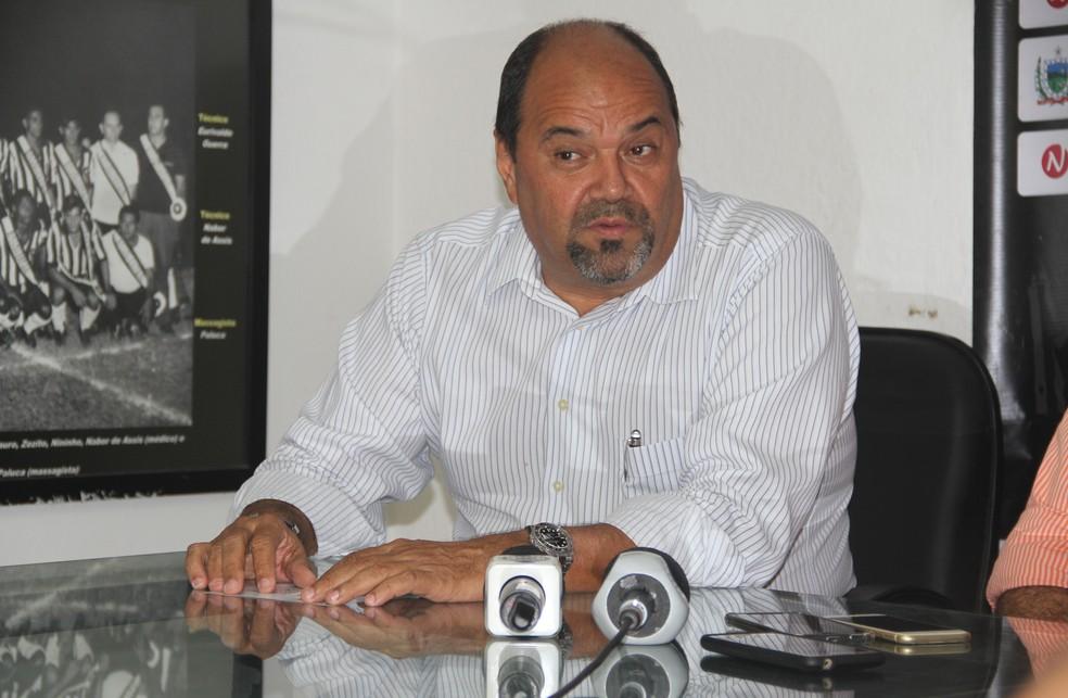 Breno Morais, vice-presidente do Botafogo-PB, aparece em ligações suspeitas com o assistente Tarcísio José (Foto: Cisco Nobre / GloboEsporte.com)