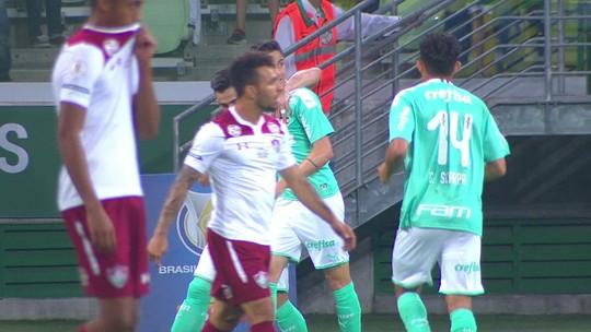 Palmeiras entrará em campo após confronto direto e pode encostar na liderança; simule os resultados