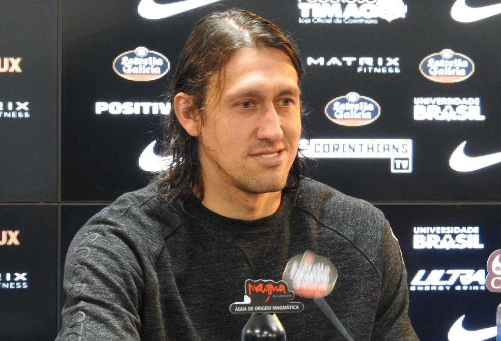 Cássio concedeu entrevista coletiva no Corinthians nesta terça-feira (Foto: Bruno Cassucci)