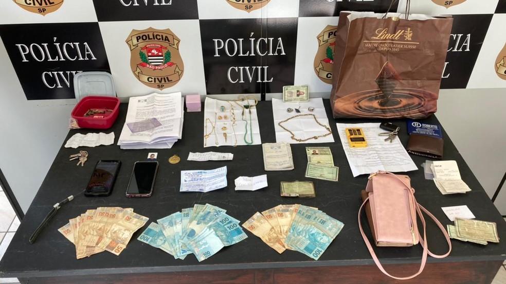 Maior parte dos bens que haviam sido perdidos pela idosa foi recuperada pela Polícia Civil — Foto: Divulgação/Polícia Civil