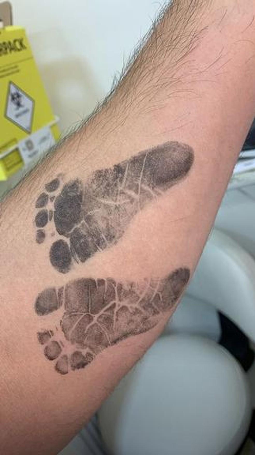 Duda Nagle mostra marca dos pés da filha Zoe — Foto: Reprodução/Instagram