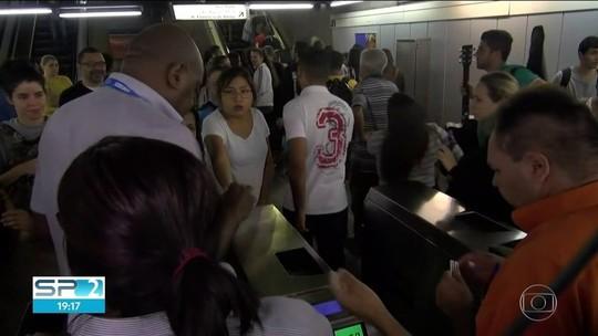Falha no Metrô de SP foi causada por botões de emergência, diz companhia