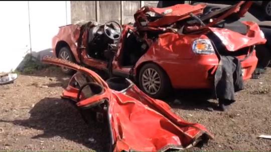 Irmãos jogavam pedras em pista para ouvir barulhos de acidente, diz polícia