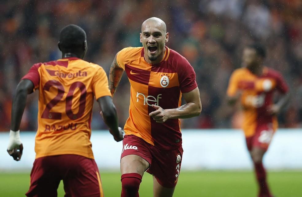 d36ec46b7dc01 ... Maicon marcou duas vezes pelo Galatasaray — Foto  Divulgação   Twitter