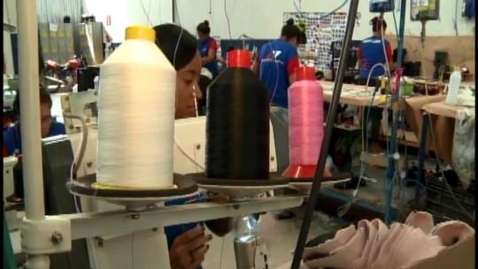 Feira de calçados deve movimentar quase R$ 30 milhões em negócios em Nova Serrana