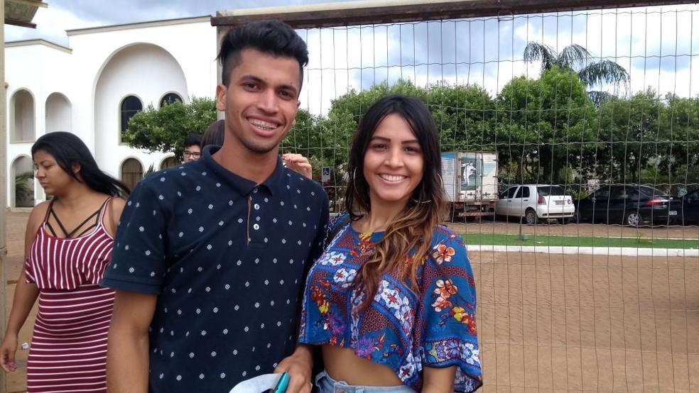 Jovens de Porto Velho afirmam que prova estava super difícil (Foto: Lívia Costa/GE)