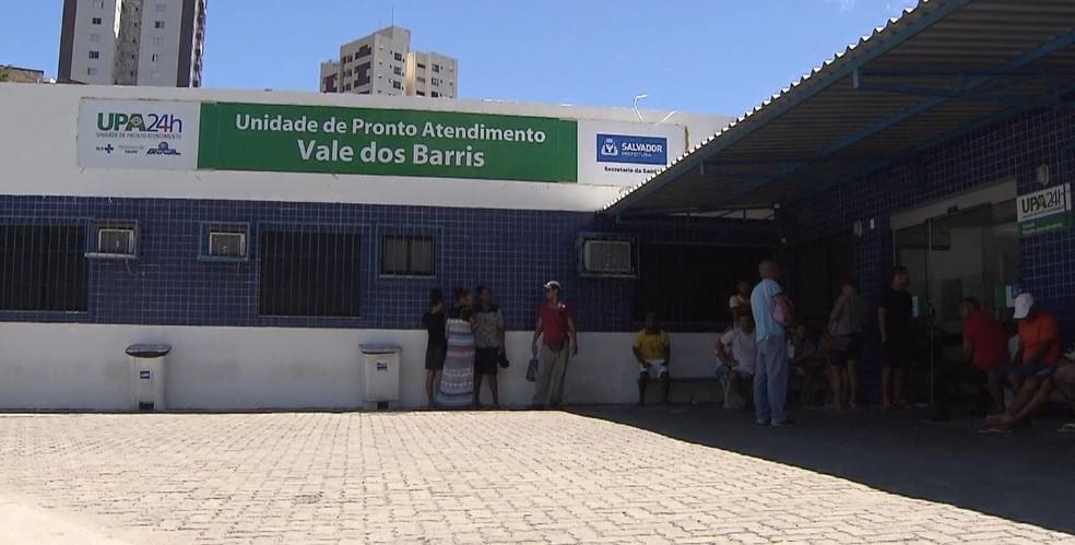 Vítima foi levada para UPA dos Barris (Foto: Reprodução/TV Bahia)