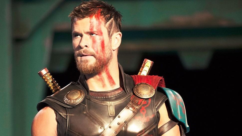 O ator Chris Hemsworth em cena de Thor 3: Ragnarok (Foto: Divulgação)