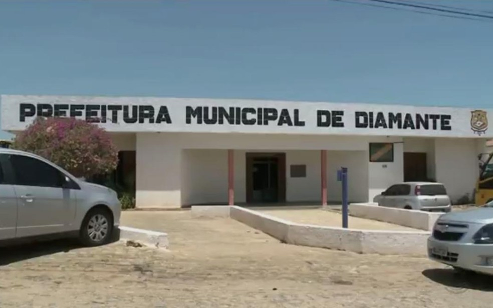 Prefeitura Municipal de Diamante, na Paraíba — Foto: Reprodução/TV Paraíba