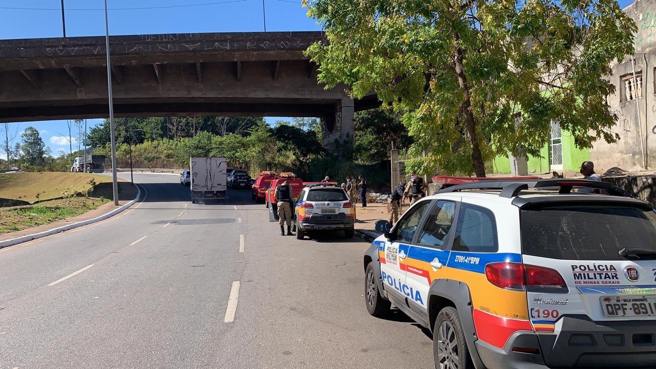 Dois sem-teto são assassinados na Avenida Tereza Cristina, em BH