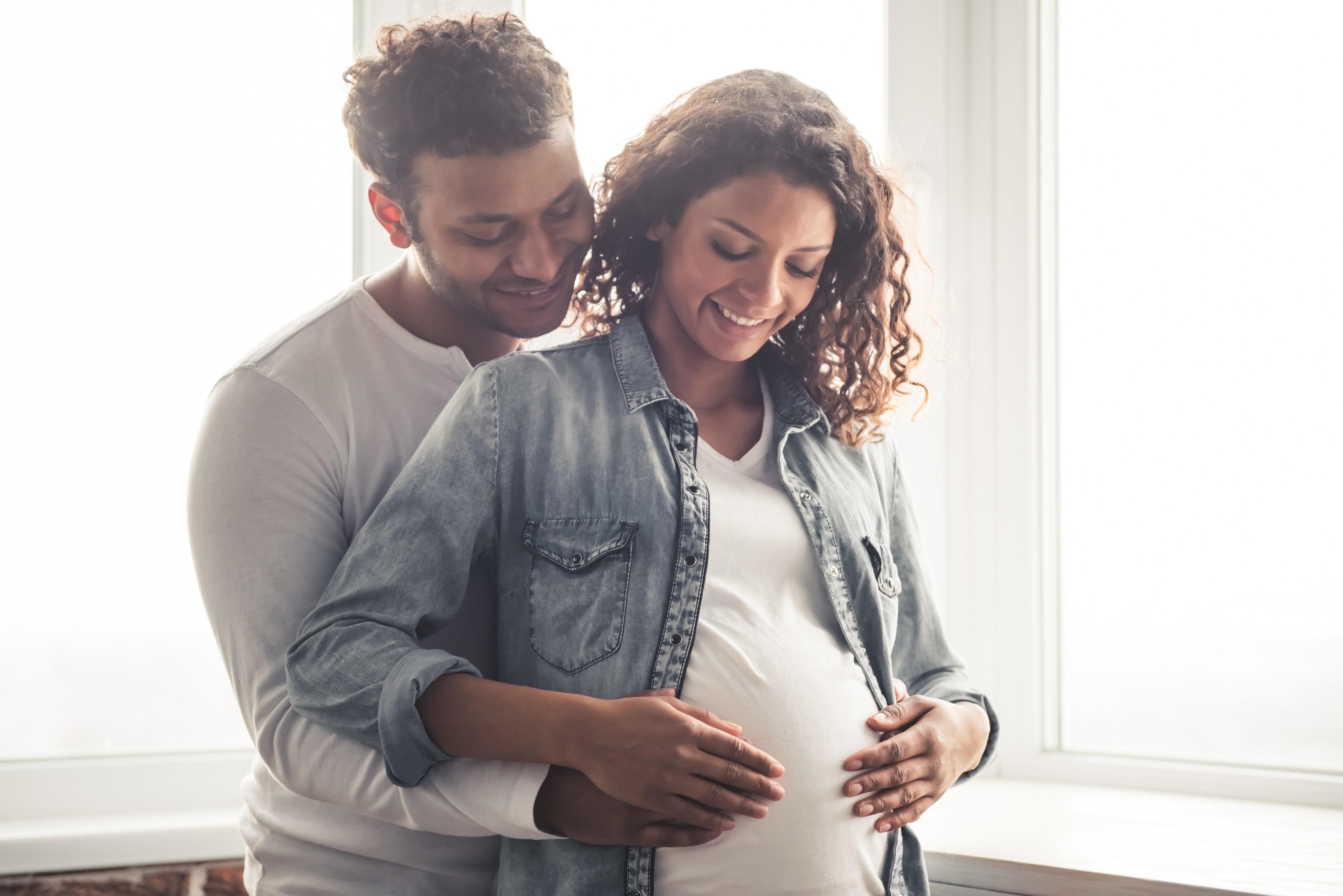 Nenhuma posição sexual é contraindicado ou arriscado para a mulher grávida (Foto: Thinkstock)
