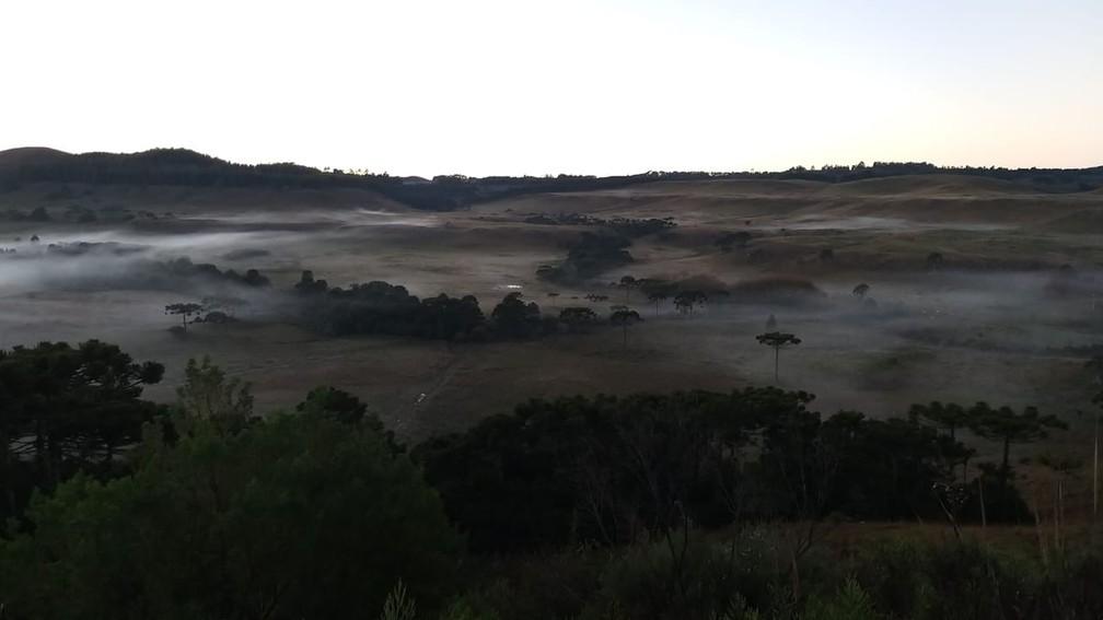 Amanhecer registrou mínimas abaixo de 5°C em São Joaquim — Foto: Wagner Urbano/ NotiserraSC