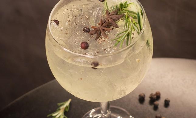Bendito Gastrobar: o drinque Elysius