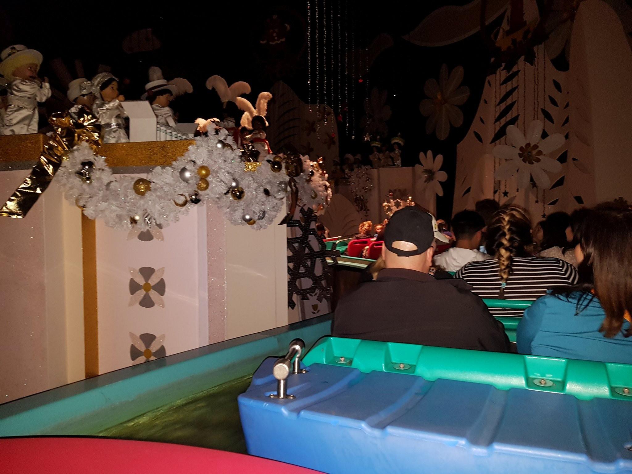 Parque da Disney na Califórnia tem falta de energia e atrações paralisadas