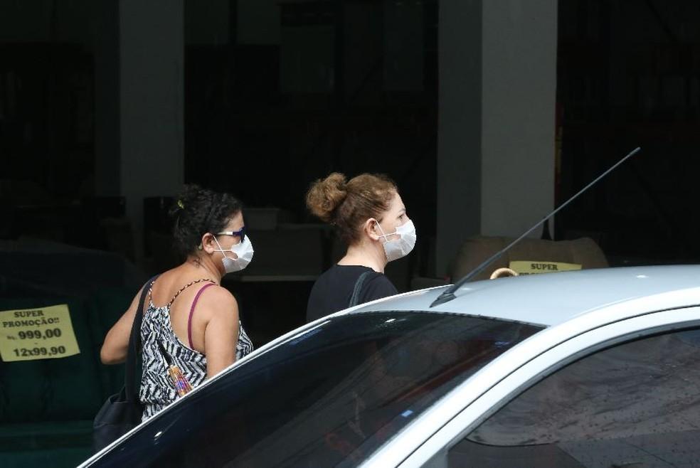 A utilização das máscaras faciais será obrigatória em espaços de uso público e privado no Ceará — Foto: Natinho Rodrigues/SVM