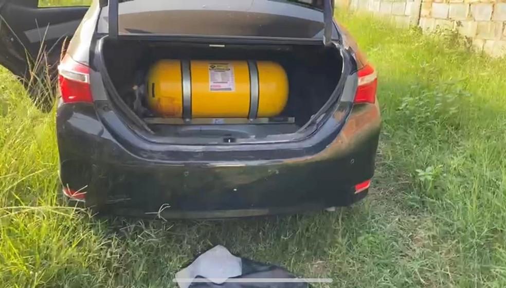 Carro encontrado com sangue no porta-malas seria utilizado pelo tráfico de drogas — Foto: Reprodução/Arquivo Pessoal