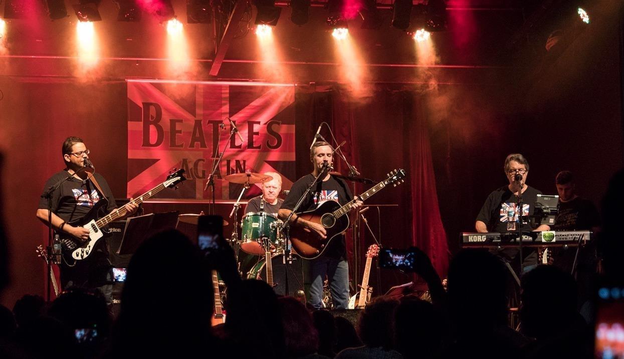 Banda The Beatles Again faz show beneficente no Iguatemi São Carlos - Noticias