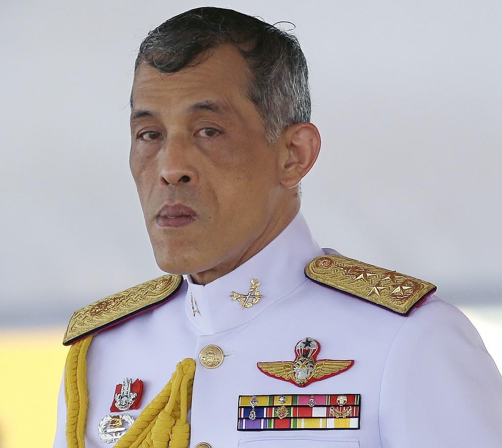 Príncipe Maha Vajiralongkorn em foto de maio de 2016 — Foto: AP/Sakchai Lalit