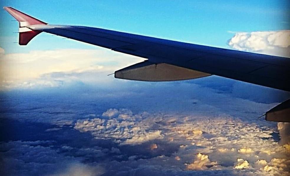 Vista da janela de um avião  — Foto: Guto Marchiori