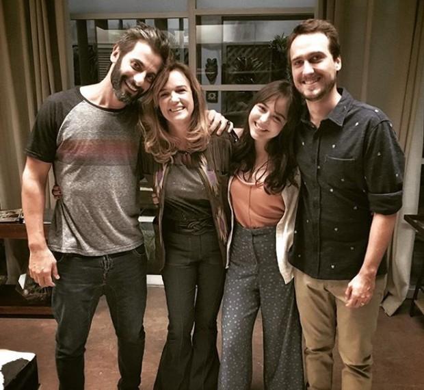 Flávio Tolezani, Sandra Corveloni, Bella Piero e Igor Angelkorte (Foto: Reprodução/Instagram)