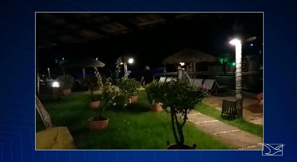 Empresário é preso após ser flagrado abusando de criança de oito anos em resort em Barreirinhas — Foto: Reprodução/TV Mirante
