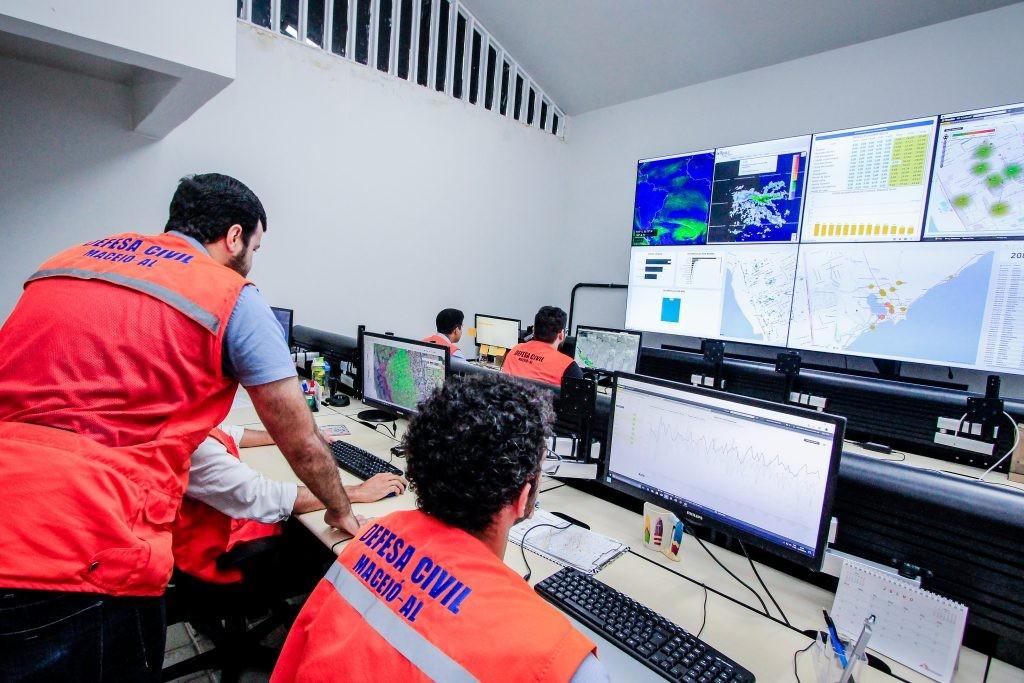 Semarh emite alerta de chuvas em Alagoas