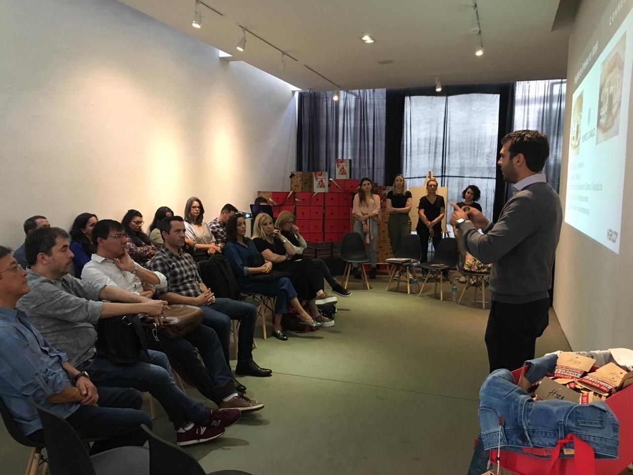 Haco lança book de produtos H928 no evento InFashion by Lectra - Notícias - Plantão Diário