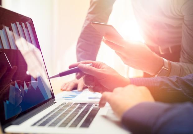 Grandes empresas e startups se beneficiam mutuamente da relação de colaboração e trabalho (Foto: Getty Images)