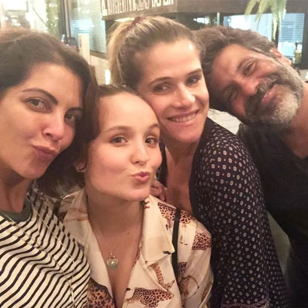 Thalita Rebouças, Larissa Manoela, Ingrid Guimarães e Pedro Vasconcelos (Foto: Reprodução/Instagram)