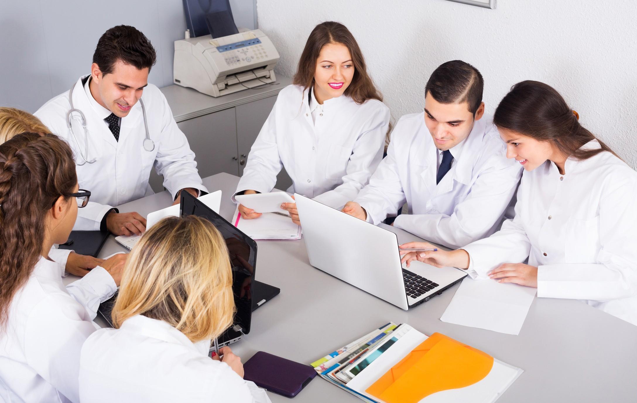 Bem aplicada, a tecnologia pode ser uma grande aliada na interação médico-paciente  (Foto: Thinkstock)
