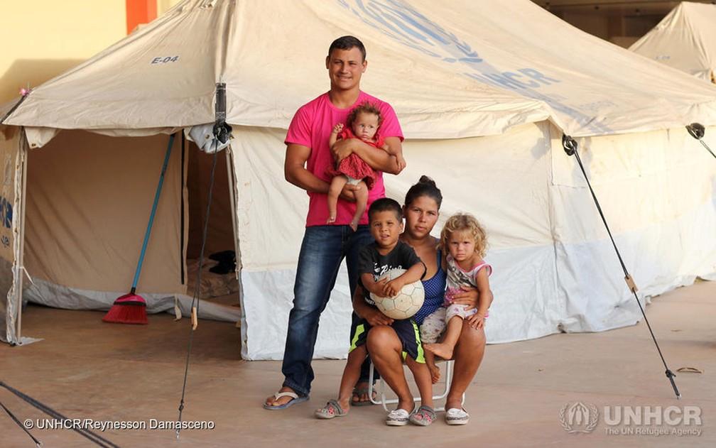 Família venezuelana relocada em abrigo no Jardim Floresta, no Brasil (Foto: UNHCR/Reynesson Damasceno)