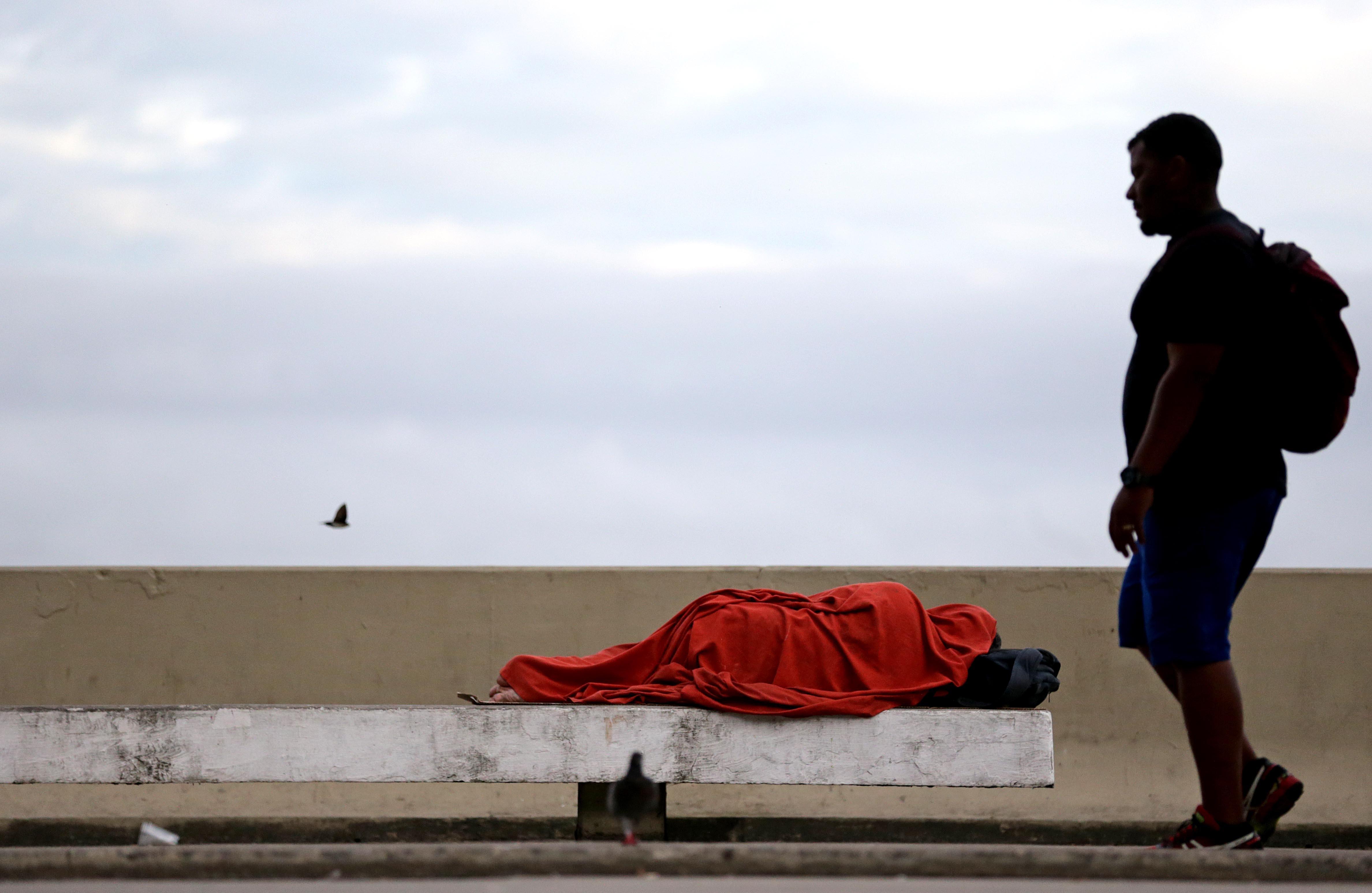 Pessoa em situação de rua, em Niterói