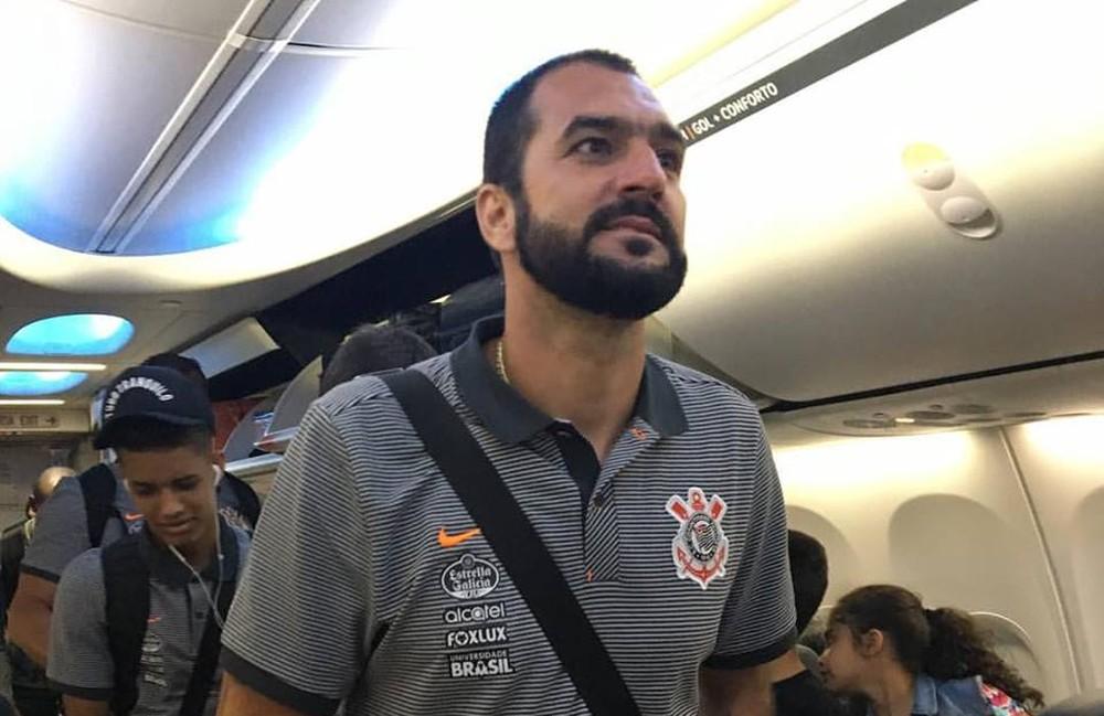 """Após lesão """"prevista"""", Danilo esquece futuro para ajudar Corinthians em 2017"""