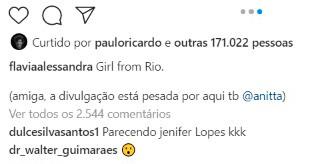 Flávia Alessandra faz ensaio na varanda e fã comenta que ela está parecendo a Jennifer Lopez (Foto: Reprodução/Instagram)