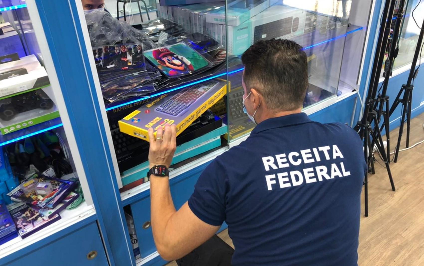 Operação apreende cerca de R$ 1 milhão em mercadorias importadas irregularmente em Pouso Alegre, MG